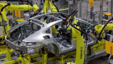 Cada hora, en la planta de chapa se fabrican 18 coches