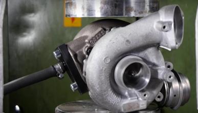 Un turbo vs una prensa hidráulica, ¿resistirá?