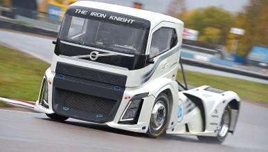 Prueba. Volvo Truck The Iron Knight. El camión más rápido del mundo