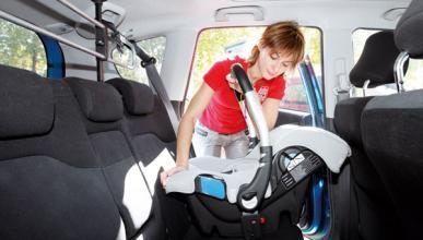Piden rebajar o eliminar el IVA de las sillitas de coche