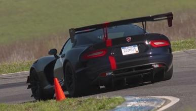 Vídeo: Matt Farah se pone a los mandos del Dodge Viper ACR