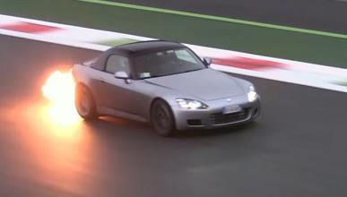 Vídeo: así suena y derrapa un Honda S2000 con turbo
