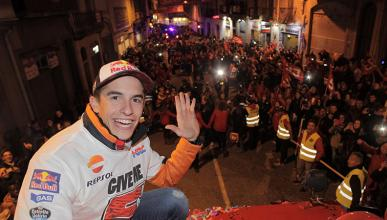 Los aficionados de Márquez se burlan de Valentino Rossi