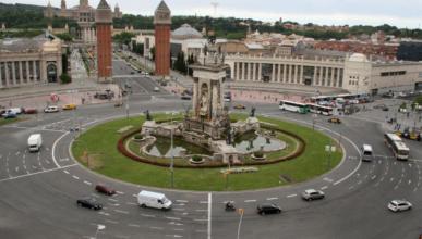 Barcelona prohibirá circular a los coches más contaminantes