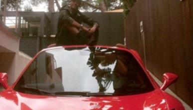 Neymar sale ileso de un accidente de coche