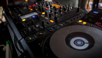 Más de 50 DJs estafados en Wallapop