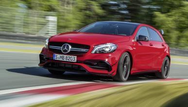 coches-más-potentes-motor-cuatro-cilindros-Mercedes-AMG-45