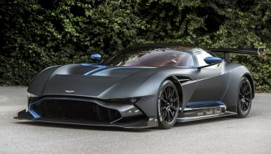 Chris Harris prueba el Aston Martin Vulcan