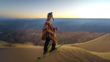 GoPro 'esquía' en las dunas de arena de Perú