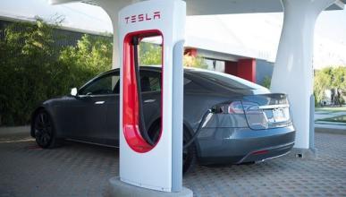 Tesla denunciará a estos conductores