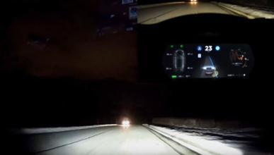 Vídeo: el AutoPilot de Tesla por una carretera nevada