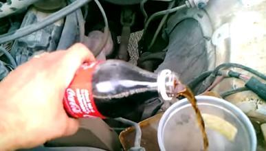 La Coca Cola, remedio o veneno para nuestro coche