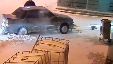 La que monta un conductor ruso dentro del aeropuerto