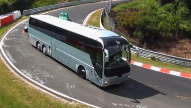Vídeo: furgonetas y autobuses en Nürburgring, ¡de locos!