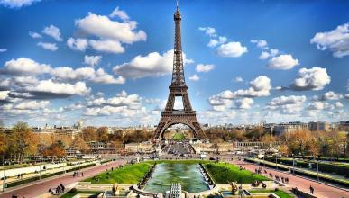 """La alcaldesa de París llama """"arcaicos"""" a los coches"""