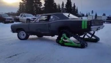 El nuevo monstruo de las nieves es un Dodge Coronet