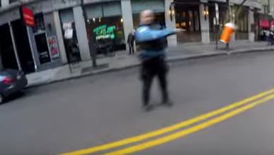 Un motorista, un policía y un café, ¿qué ha pasado?