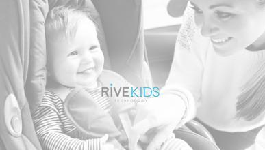 Rivemove, el 'invento' para poner tres sillitas en el coche