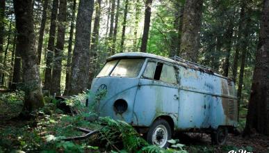 En vídeo: resucitan una VW T2 tras 40 años abandonada