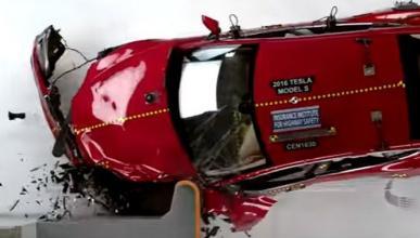 El Tesla Model S no pasa las pruebas de seguridad IIHS