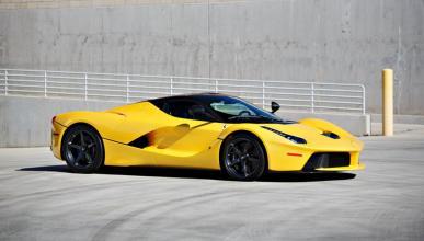 Subasta Ferrari LaFerrari amarillo