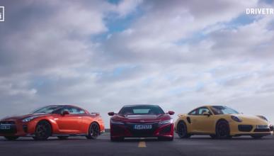 Honda NSX, Porsche 911 y Nissan GT-R: carrera a 240 km/h