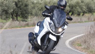 Prueba del Kymco Super Dink 125 cc 2017: listo para reinar