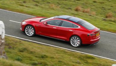 Por qué el seguro de un Tesla puede ser más barato