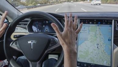 El Autopilot de Tesla, lejos de ser un sistema perfecto