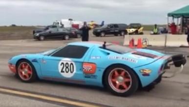 Un Ford GT Mk2 bate un récord alcanzando los 472 km/h