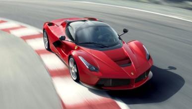 Intenta introducir un Ferrari LaFerrari de contrabando