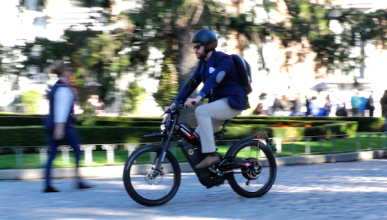 Vídeo: Cómo cambian tus lunes con Bultaco Brinco S
