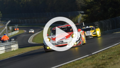Vídeo: ¡adelanta a 44 coches en una vuelta en Nürburgring!