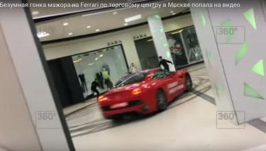 Un alcalde ruso 'drifta' un Ferrari en un centro comercial