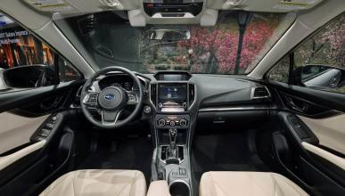 Interior del Subaru Impreza