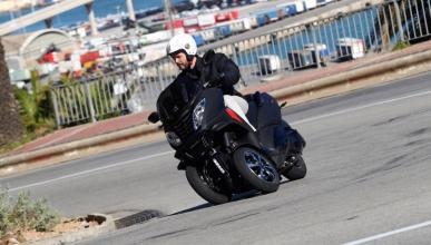 Prueba-nuevo-Peugeot-Metropolis-400-RX-R-2017