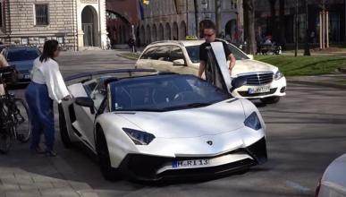 Ribery de paseo con su Lamborghini Aventador SV