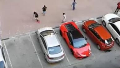 Vídeo: un Lamborghini Huracán, la portería más cara