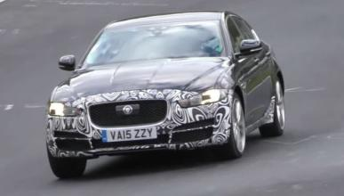 Vídeo: ¿está probando Jaguar un restyling del XE?