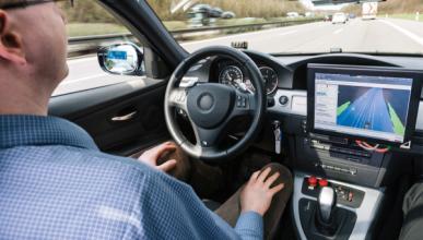 Apple y Bosch estarían trabajando en la conducción autónoma