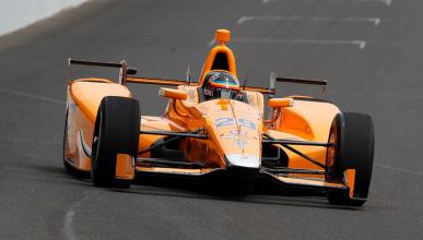 Alonso supera con nota su primer test en Indianápolis