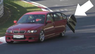 Vídeo: un BMW Serie 3 con la puerta abierta en Nürburgring