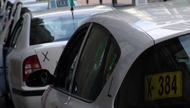 Huelga de taxis: Uber y Cabify responden