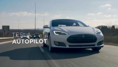 Conductor fallecido en el Tesla autónomo no veía una peli