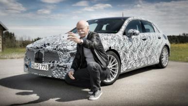 Mercedes Clase A 2018: cazado el interior