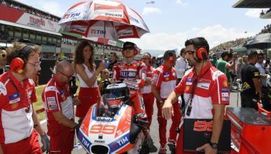 Jorge Lorenzo falla en la gran fiesta de Ducati en Mugello