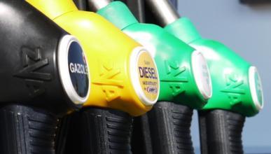 Los carburantes bajan por segunda semana consecutiva