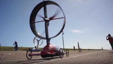 Chinook ETS: mitad coche de carreras, mitad turbina