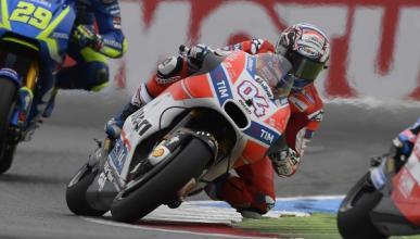 Dovizioso, el nuevo líder de MotoGP que siempre cumple