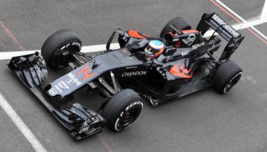 Alonso y Sainz participan en los test de Silverstone
